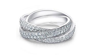 Женские золотые кольца с муассанитами