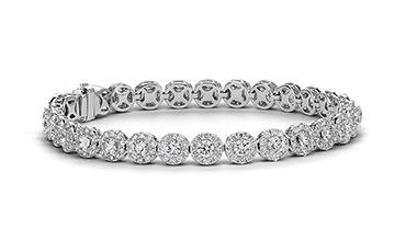 Stylish gold bracelets with moissanite